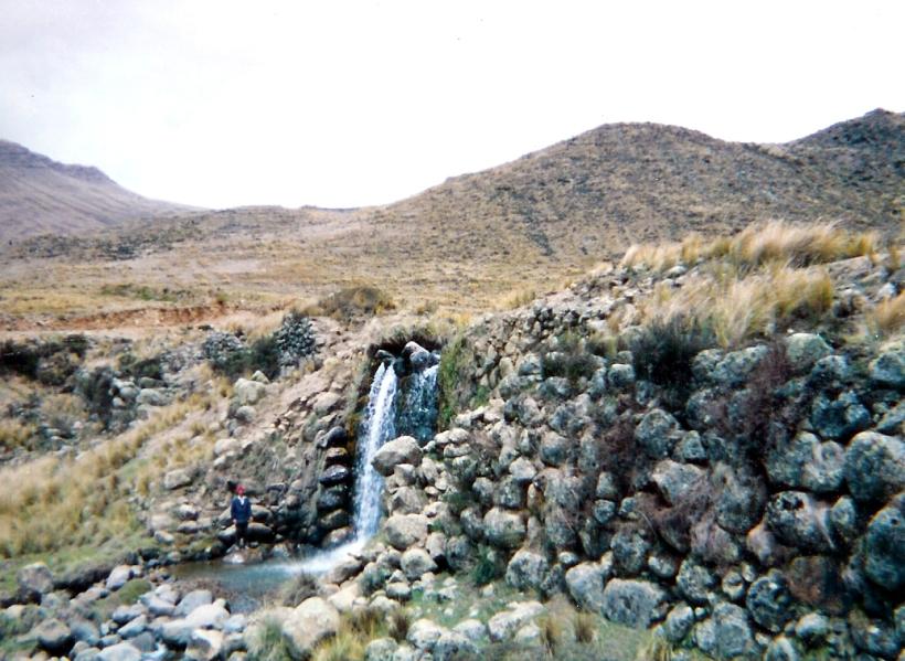 Construyeron cientos de represas en las partes de las Cuencas de mediana capacidad - Collpa en Jimbe Ancash