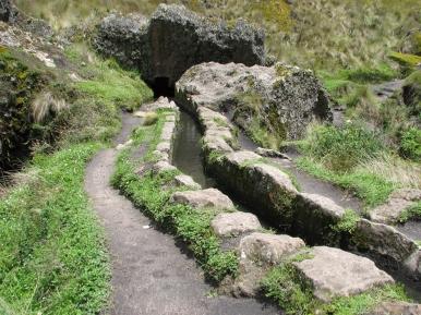 Canal Cumbemayo en Cajamarca...