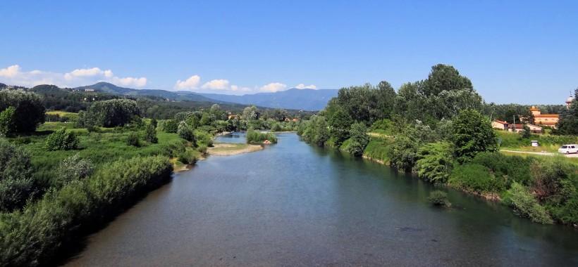 Serchio-Flowing-Near-Lucca-2012 b