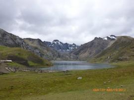 Laguna Cacray. La capacidad de almacenamiento de esta laguna es de 4 MMC