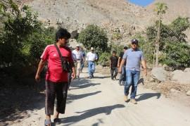 Alcalde Jhosept Pérez Mimbela, en trabajo de campo para evaluar los efectos de la sequia.....