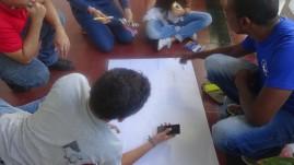 ...de manera activa y participativa