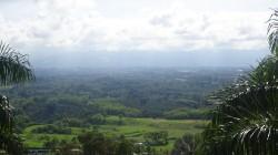 Iniciamos el recorrido subiendo al mirador desde donde teníamos una vista espectacular del valle y de las principales atracciones que pronto recorreríamos a lo largo de este día. Por ser un día lunes feriado en Colombia, la afluencia de personas fue menor que otros días. Una ventaja para nosotros.
