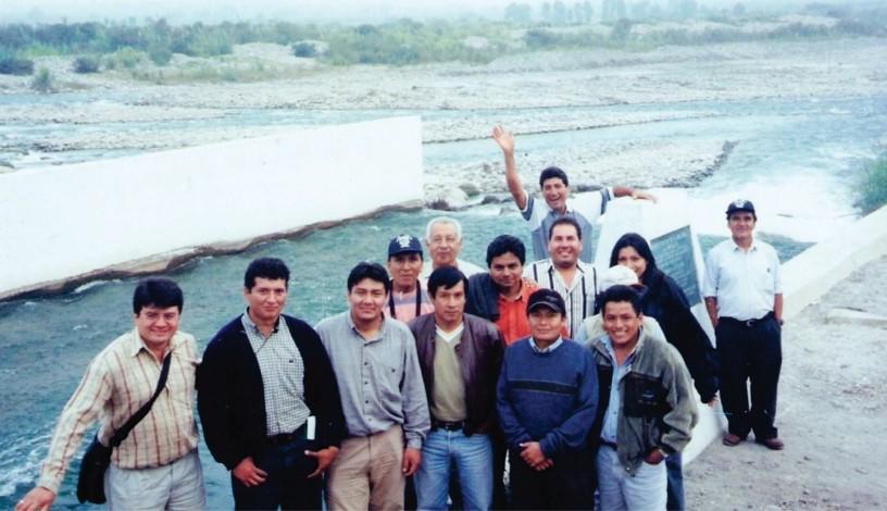 Parte de la delegación que fuimos a Cañete a aprender de sus experiencias