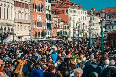 Venecia un lugar que estaba a punto de colapsar por su afluencia de turistas